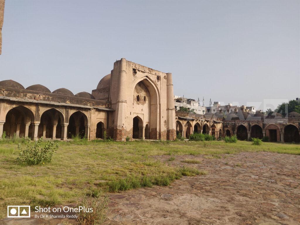 Begumpur Mosque- the crown of Tughlaq Era by Maqbul Tilangani