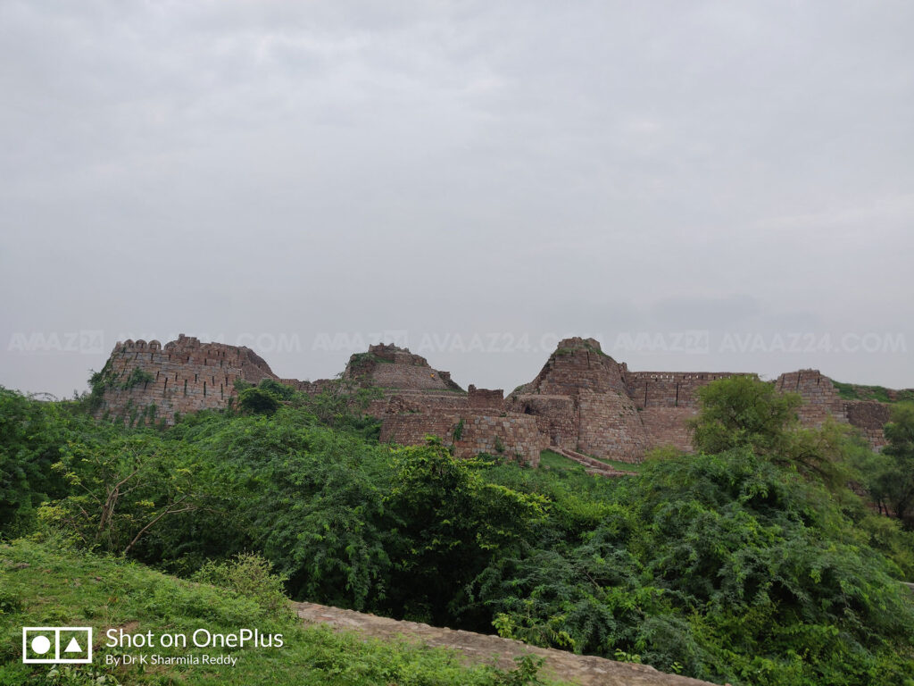 Tughlaqabad Fort - a landscape view