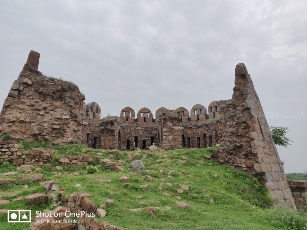 A broken double storied bastion at Tughlaqabad