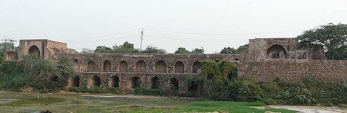 The complete Picture of Satpula (file from Wikipedia)