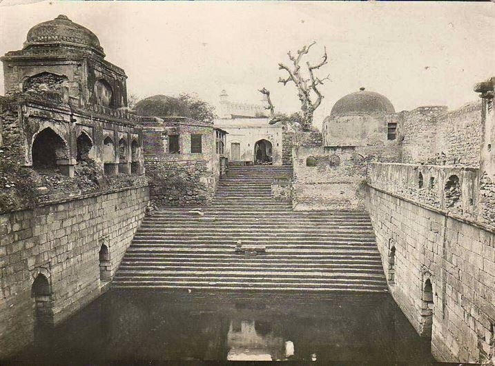 A rare pic of Chashma Dil Kusha By Samuel Bourne 1880